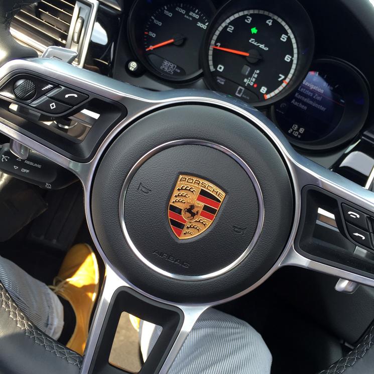 Schmackofatzo.de_Porsche_Zentrum_Aachen_Macan_Turbo_6